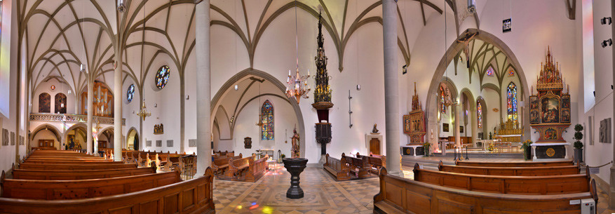 Binnen in de Sint-Nicolauskerk