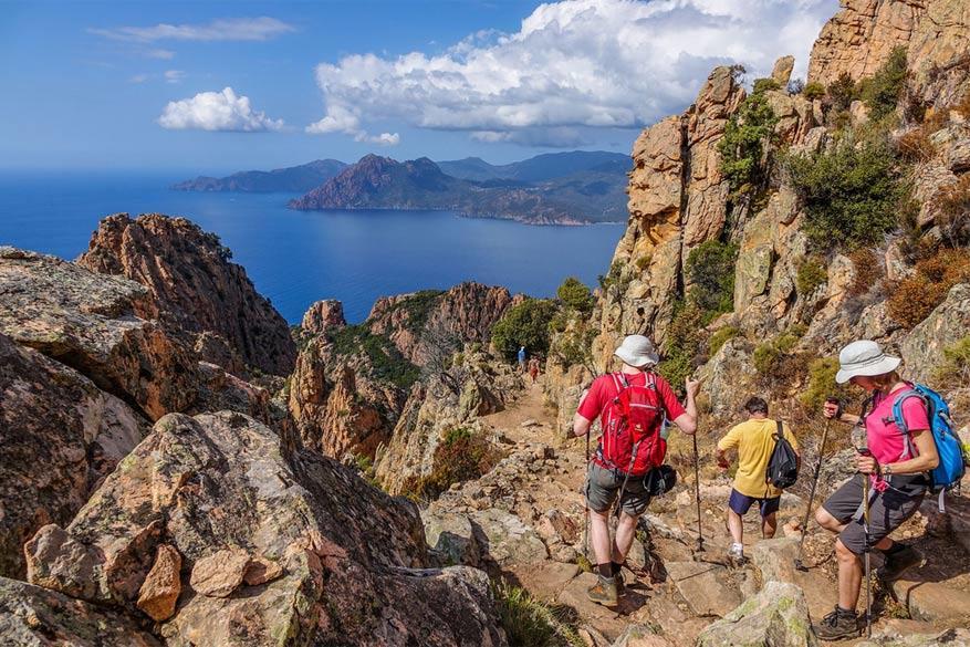Het landschap van Corsica nodigt fervente wandelaars uit voor een uitdagende tocht. © James Cann