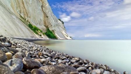 Doen: op fossielenjacht bij de Deense krijtrotsen van Møns Klint