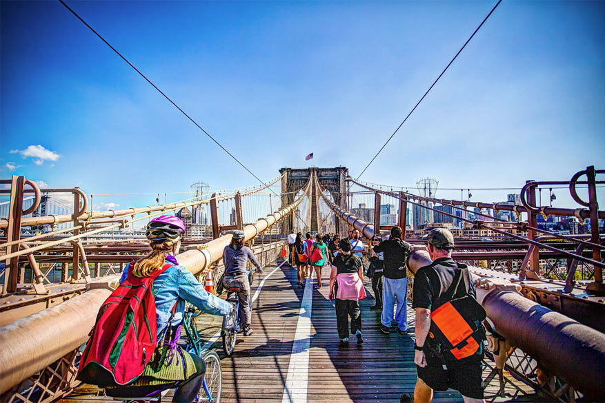 Fietsen op de Brooklyn Bridge