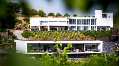 Nederlanders openen eerste wijnhuis-kunstcentrum in Alentejo