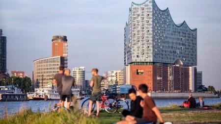 Zien: indrukwekkend concertgebouw in Hamburg opent binnenkort haar deuren