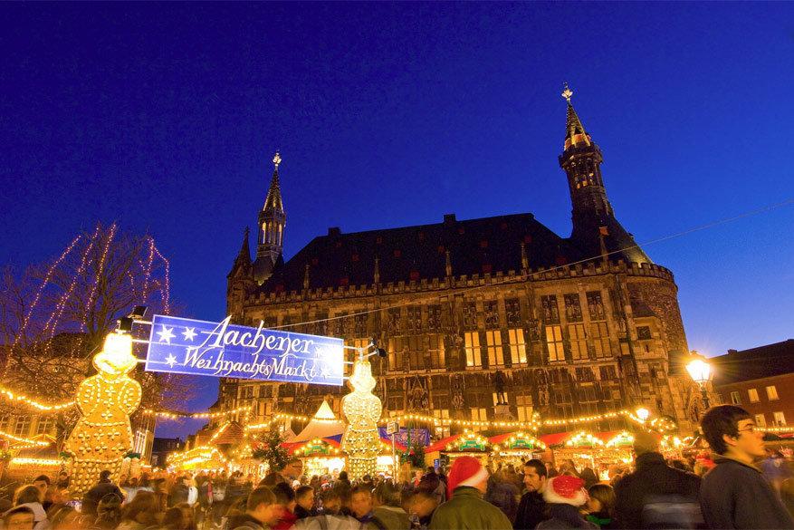 De kerstmarkt van Aken © Tourismus NRW e.V. (Oliver Franke)