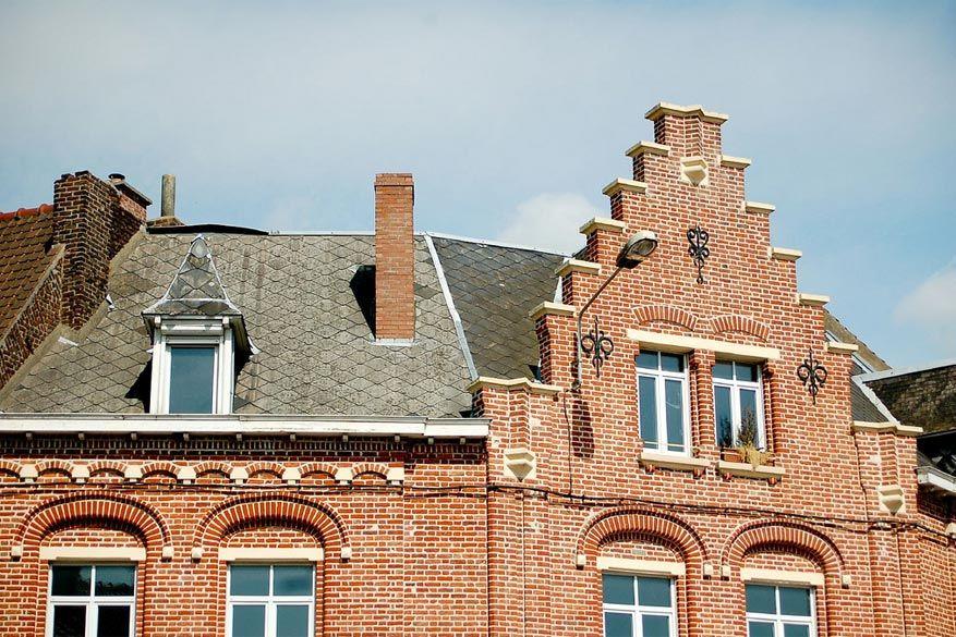 De gevels in Frans Vlaanderen doen denken aan die van Brugge