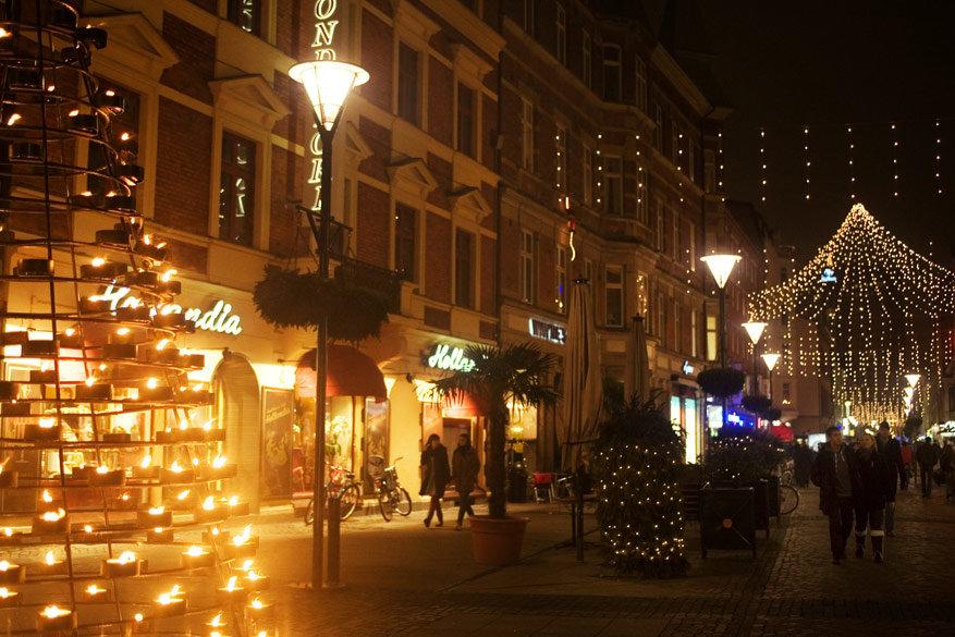 Malmö verlicht de straten en biedt verschillende kerstmarkten