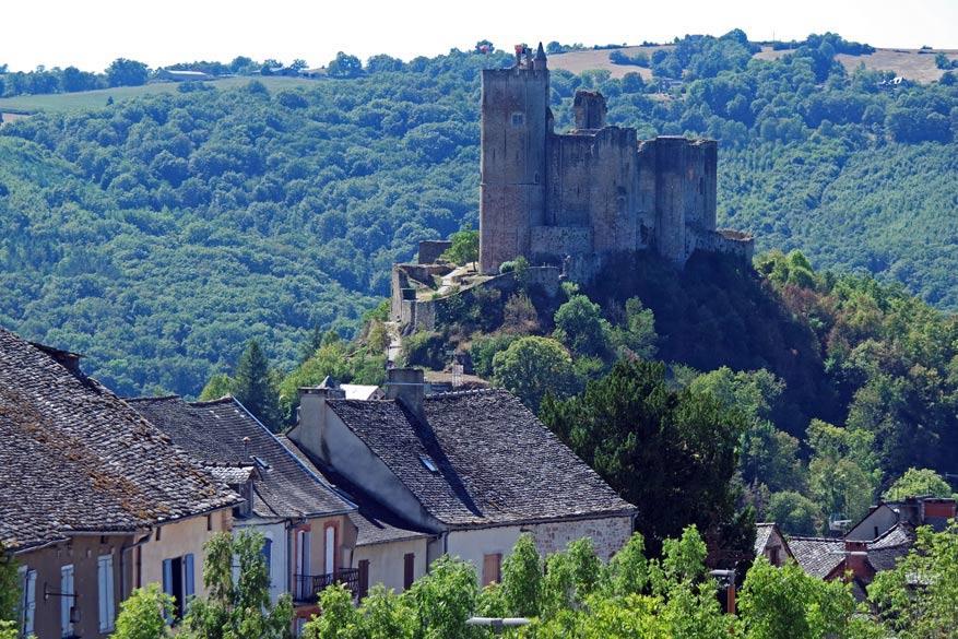 Het indrukwekkende kasteel in Najac.