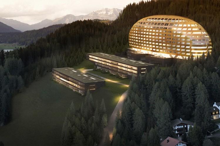 Intercontinental Davos: hier logeer je op 1.600 meter met uitzicht op de alpen van Graubünden. Het hotel staat vooral bekend bij zakenmensen dankzij de vele seminariezalen, maar als gewone hotelgast ben je ook meer dan welkom. Laat je verwennen in een van de 3 restaurants of duik het wellnesscentrum in met een fitnessruimte, sauna en stoombad. © Residences Davos