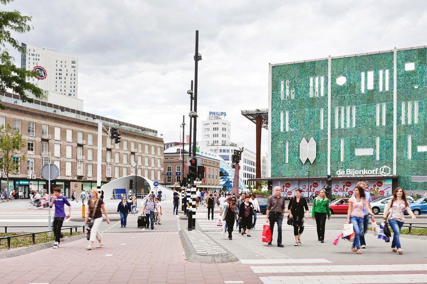 Shoppen in Eindhoven betekent langsgaan in de Bijenkorf © Toerisme Holland