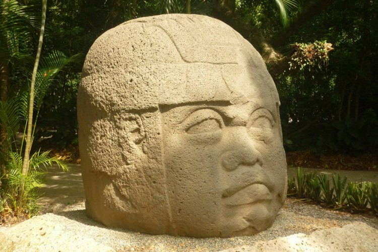 7. Tabasco, Mexico Chocolade en Midden-Amerika hebben een hechte band, die ver teruggaat in de tijd. In 1502 kwamen kolonisten in het huidige Mexico voor het eerst in aanraking met het 'bruine goud'. Wie de oorsprong van cacao wil ontdekken reist af naar Tabasco, in het zuidoosten van het land. Trek de jungle in en ervaar de geur van de oorspronkelijke Maya-cacao, dankzij het grote aantal kleine cacaoboeren dat hier hun bruine goud verbouwt, zoals het organische Finca Génesis. © Pixabay
