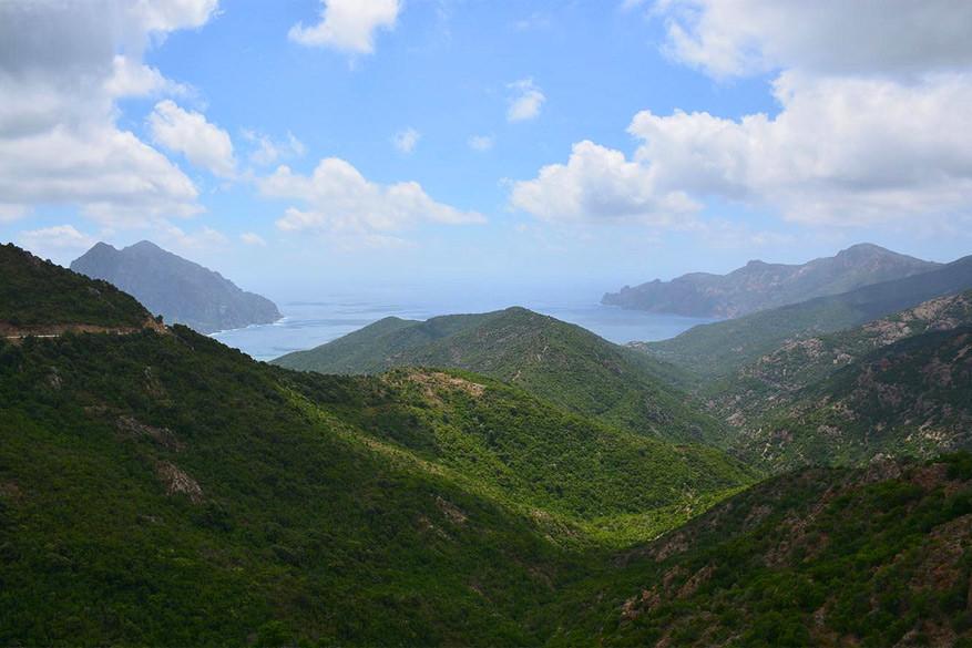 De overweldigende natuur van Corsica. © Creative Commons Flickr / Paul Arps