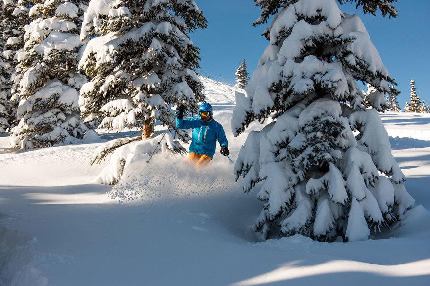 Naast off-piste skiën kan je nog verschillende winterse activiteiten beoefenen.