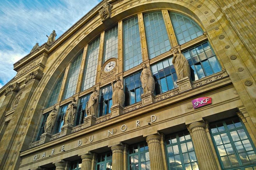 Met de hogesnelheidstrein geraak je voor weinig geld in Parijs. © Steven Loockx
