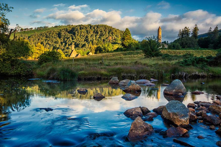 Wicklow, ook wel de Tuin van Ierland, fascineert met zijn indrukwekkende landschappen