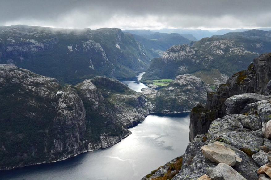 Stavanger_lysefjord2