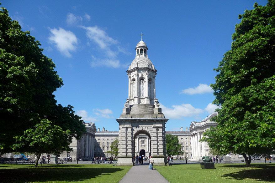 Op de domeinen van Trinity College kun je vrij rondwandelen. © Pixabay