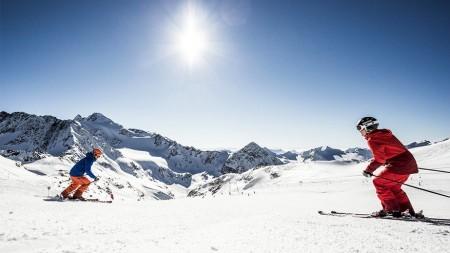 Skiën in een zonovergoten Stubai Vallei zorgt voor lentekriebels