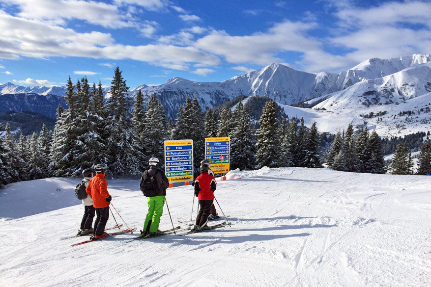 160 kilometer geprepareerde en goed aangegeven pistes bieden alle plezier aan skiërs en snowboarders. © Bruno Loockx