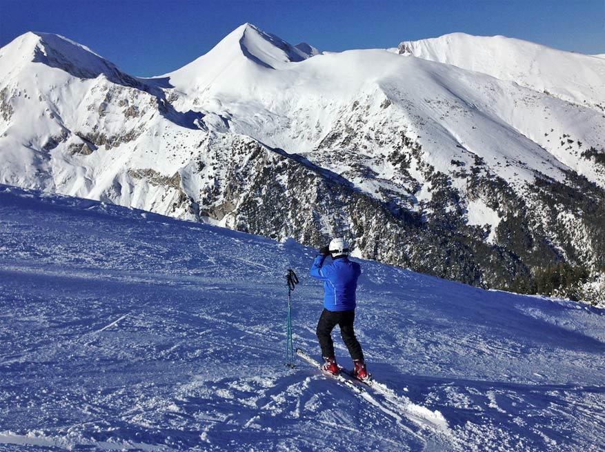 Zowel voor beginnende als gevorderde skiërs valt er genoeg te beleven. © Boyko Blagoev via Flickr Creative Commons