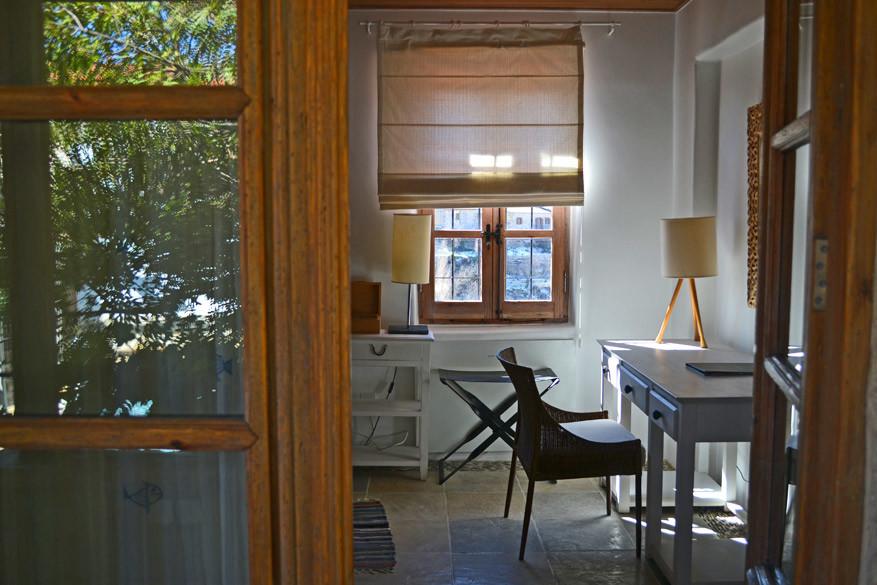 De moderne ingerichte kamers zijn een verdienste van interieurontwerpster Diana, de vrouw van de eigenaar.