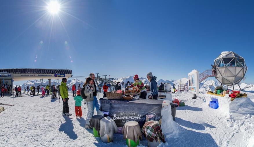 Een kraampje op de Kreuzkogel in Sportgastein, het hoogste punt van Ski amadé.