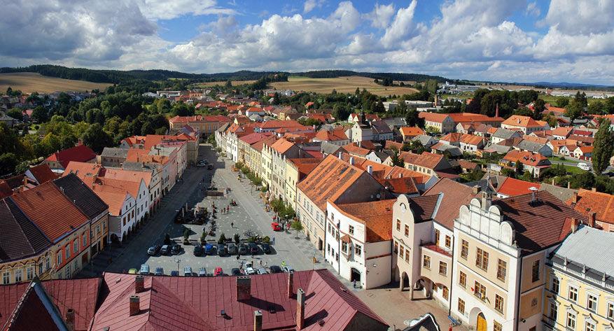 Tijdens de route passeer je verschillende stadjes zoals Slavonice.