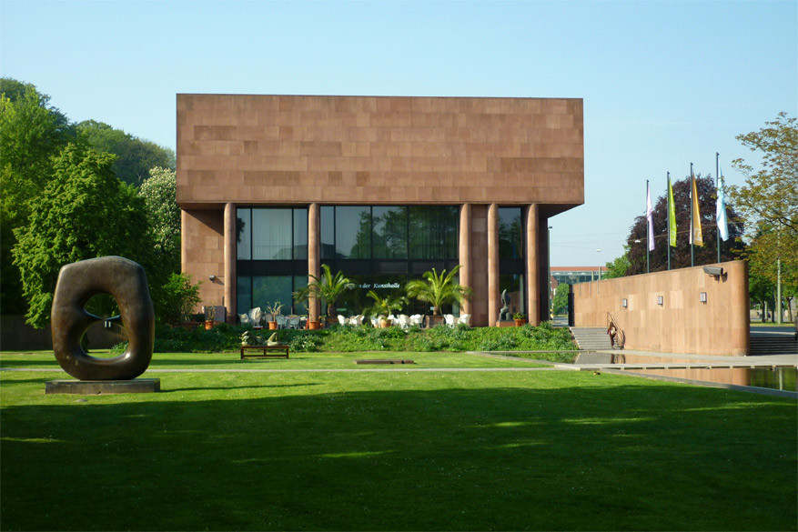 De Kunsthalle met moderne kunst ontworpen door een Amerikaanse architect. © Wikimedia Commons