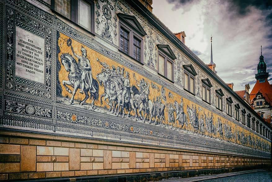 Fustenzug is een museumexemplaar midden in Dresden. © Pixabay