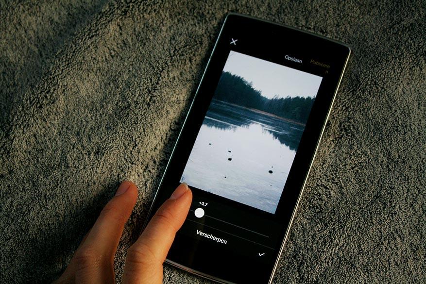 Met VSCO Cam op je smartphone bewerk je zowel basisaanpassingen als filters.