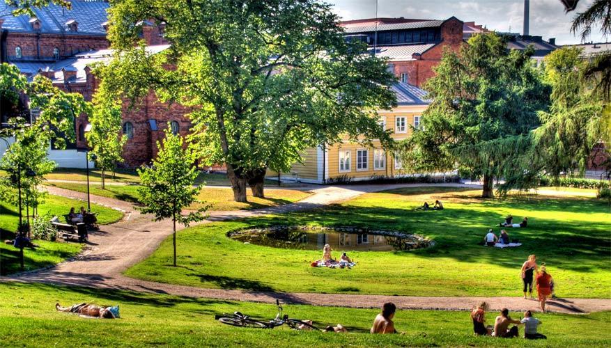 Het Sinebrychoff-park kreeg na de passage van zakenman Nicolai een nieuwe rol als stadspark. © Ville Miettinen via Flickr Creative Commons
