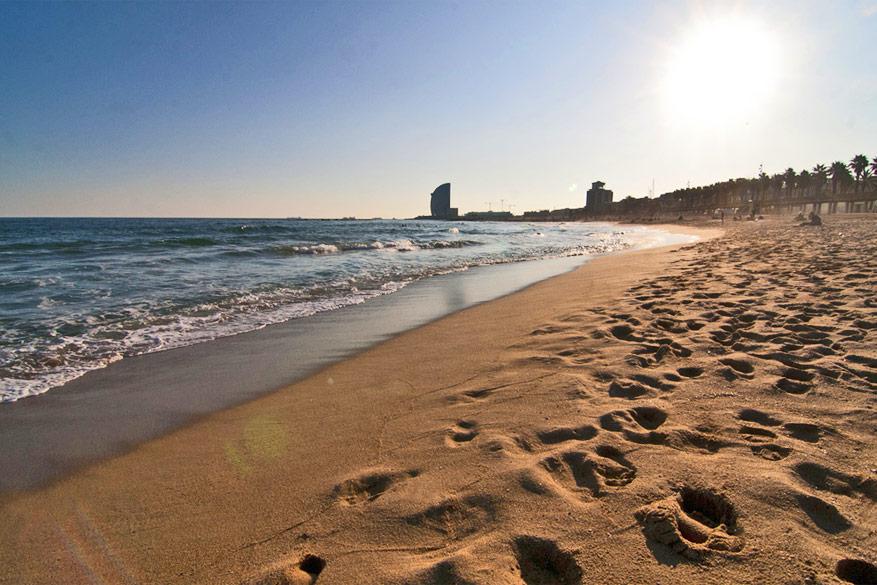 Ontvlucht de drukte van de stad op het strand! © annaspies via Flickr Creative Commons