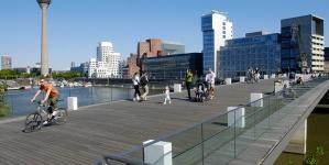 Düsseldorf op de fiets in 11 routes