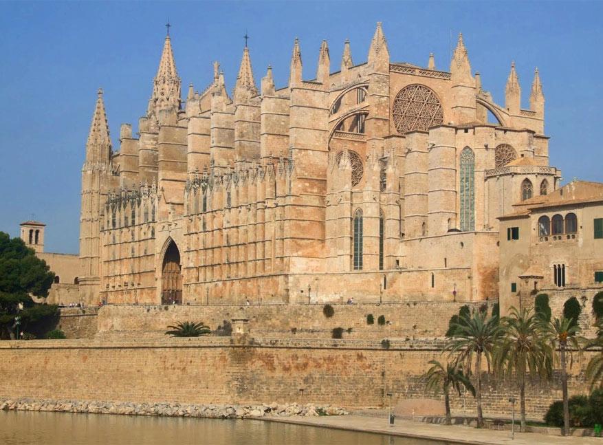 De Seu van Mallorca is het zesde drukst bezochte monument van Spanje.