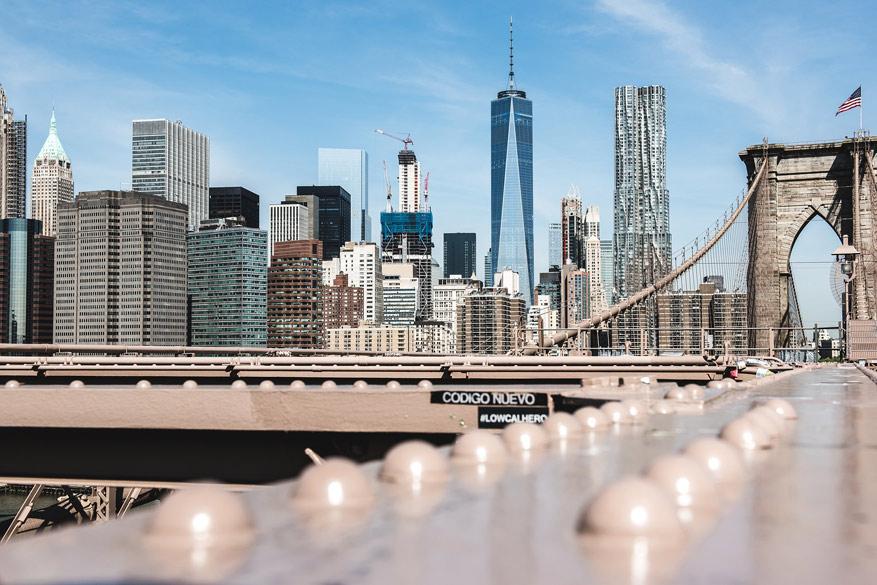Om helemaal gratis te ontdekken: de Brooklyn Bridge.