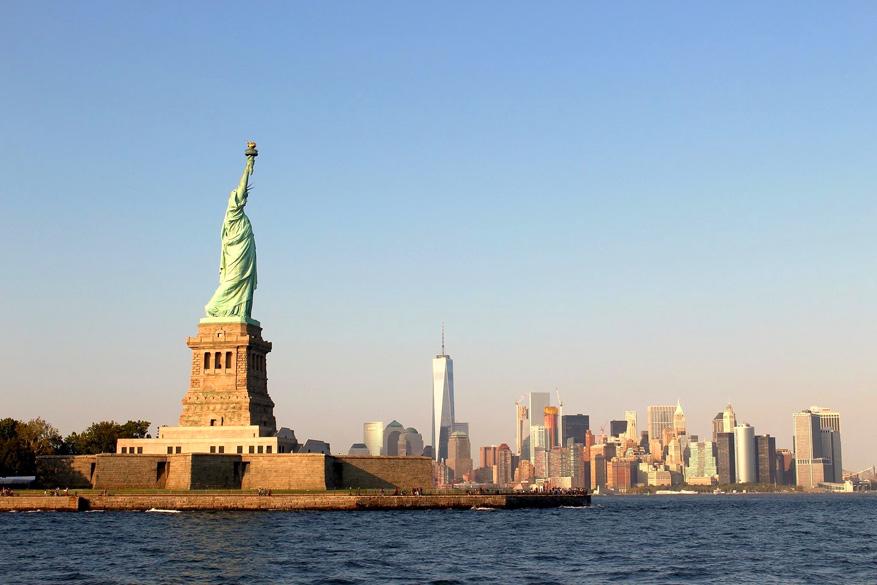 Spot het Freedom Statue dankzij de gratis Staten Island Ferry.