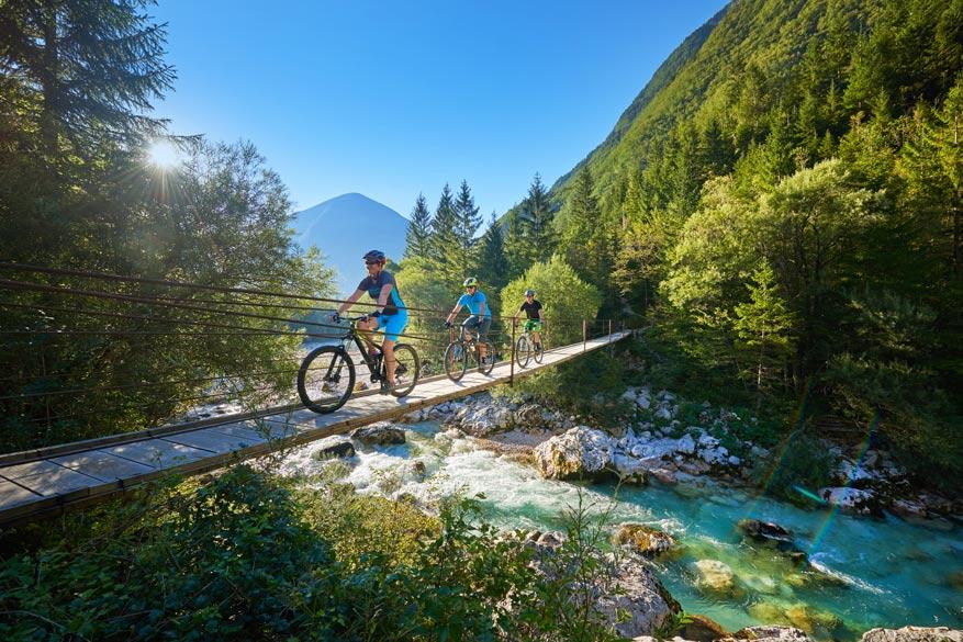 Met de makkelijke toegankelijke fietsroutes ontdek je alle regio's in Slovenië.