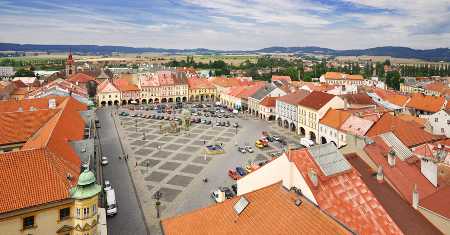 Zin in een actieve vakantie? Het stadje Jičín is de poort naar verschillende natuurparken.