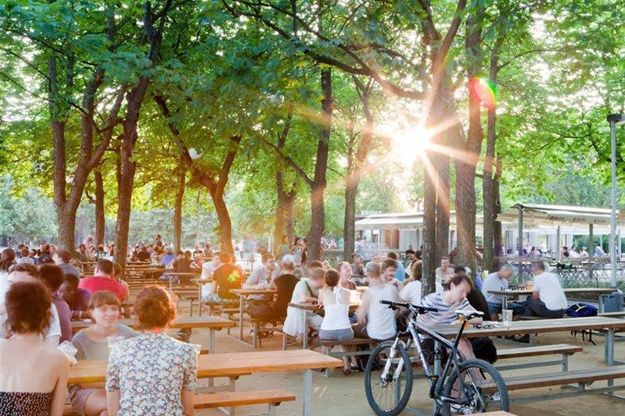Letná Beer garden: de populairste aller biertuinen in Praag.