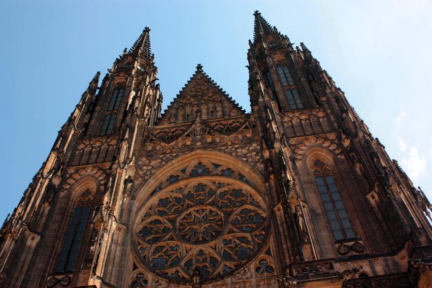 De indrukwekkende Sint-Vitrus Kathedraal.