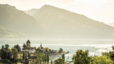 Thun: Franse allures in de Zwitserse Alpen