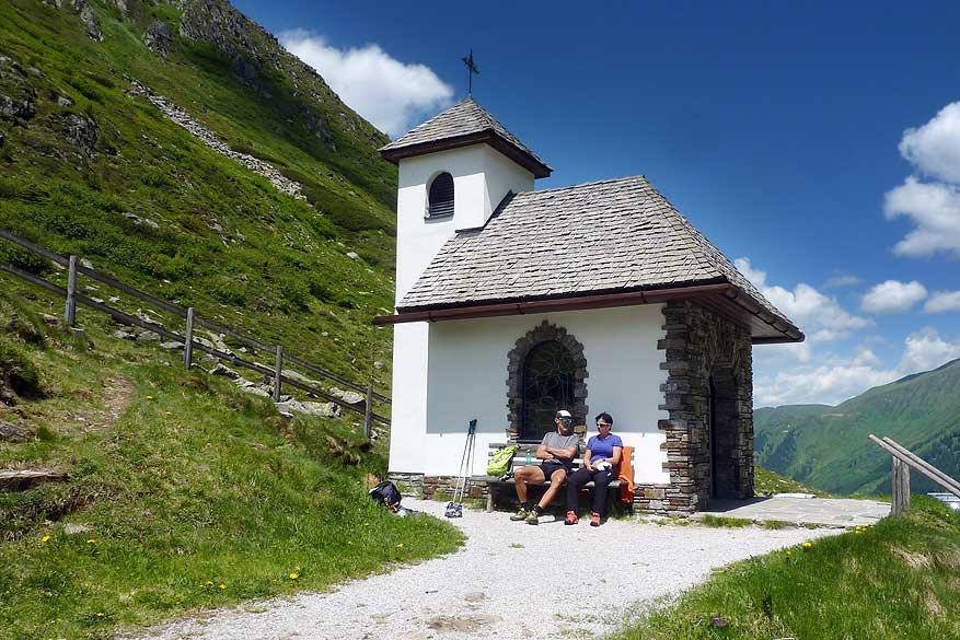 Een kapel langs de Sölkpass, voor al uw schietgebedjes.
