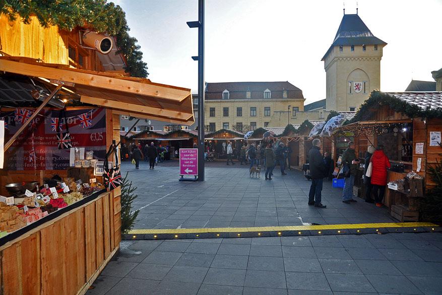 Voor personen met claustrofobie is de traditionele kerstmarkt een goed alternatief.
