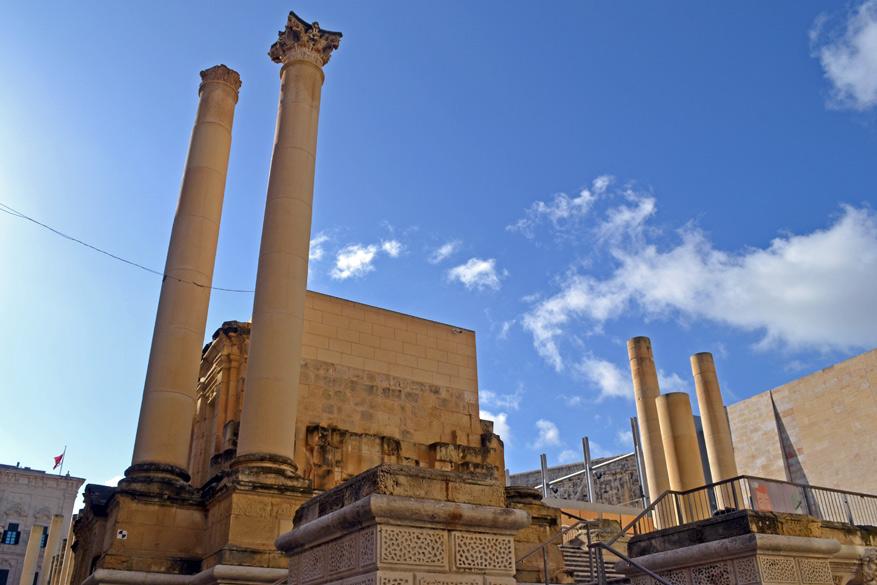 Architect Project tovert de ruïnes van het Royal Opera House om tot een openluchttheater.