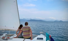 Thailand met een catamaran: tussen palmen en koraal