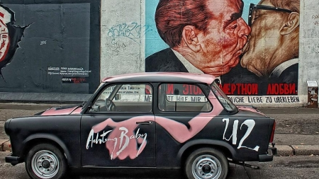Van verleden naar toekomst, dwars door de Berlijnse Muur